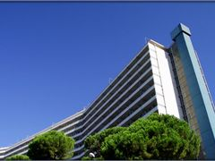 Genova, Ospedale San Martino: Monoblocco by <b>Sergio Bagna</b> ( a Panoramio image )