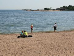 Beach scenery in Hanko (Enlarge!) by <b>Markus Nikkila Photoshooter86</b> ( a Panoramio image )