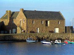 Oldest buidling in Stonehaven, now a museum by <b>VKeith</b> ( a Panoramio image )