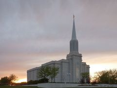 St Louis Temple by <b>Aaron Nuffer</b> ( a Panoramio image )