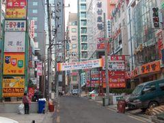 Changwon Street by <b>ossewa</b> ( a Panoramio image )