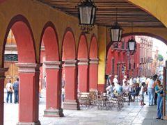 Portal de Guadalupe San Miguel de Allende by <b>? ? galloelprimo ? ?</b> ( a Panoramio image )
