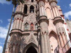 Parroquia de San Miguel Arcangel, San Miguel de Allende, Gto. by <b>? ? galloelprimo ? ?</b> ( a Panoramio image )