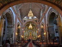 Interior de la Parroquia de San Miguel Arcangel,  San Miguel de  by <b>? ? galloelprimo ? ?</b> ( a Panoramio image )