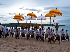 Full Moon Ceremony of the beach Jimbaran, Bali ¦ by pilago by <b>pilago</b> ( a Panoramio image )