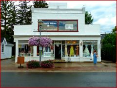 Buy a wedding dress and get a photo, Unionville Main Street, Ont by <b>Tomros</b> ( a Panoramio image )
