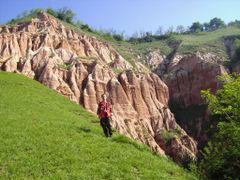 DSCI0002 by <b>R Codrin Speo Ursii Cluj K2</b> ( a Panoramio image )