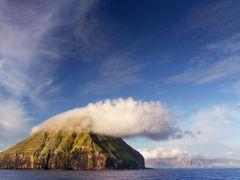 Litla Dimun by <b>F. Ewald</b> ( a Panoramio image )