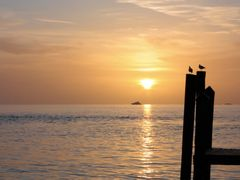 Sunset at staniel Cay by <b>E. Cangiotti</b> ( a Panoramio image )