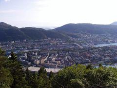 180 Bergen, Puddefjordsbroen by <b>Daniel Meyer</b> ( a Panoramio image )