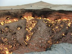 Darvaza - Door to Hell by <b>netjack</b> ( a Panoramio image )