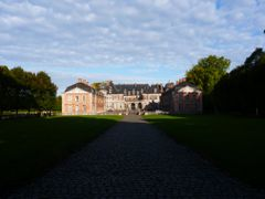 Le chateau de Beloeil by <b>Rudy Picke</b> ( a Panoramio image )