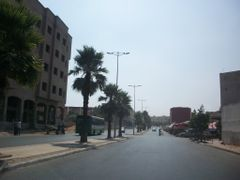 Tit Mellil: boulevard ANNAKHIL by <b>Mhamed Zarkouane</b> ( a Panoramio image )