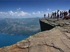 Preikestolen by <b>edyta mitas</b> ( a Panoramio image )