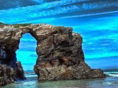 Playa de las Catedrales--dedicada a **Toninaji** by <b>ZEUS74</b> ( a Panoramio image )