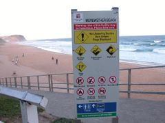 Sunday afternoon at Bar Beach in Newcastle by <b>gartn001</b> ( a Panoramio image )