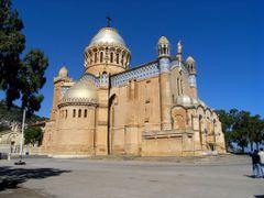 Notre Dame de Afrique by <b>cbaisan</b> ( a Panoramio image )