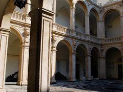 """catania - cortile dell""""universita by <b>adriana bruno</b> ( a Panoramio image )"""