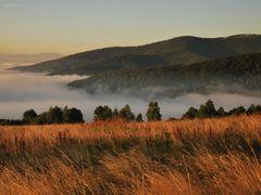 Poranek w Beskidzie Malym by <b>tomigun66</b> ( a Panoramio image )
