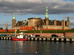 Kronborg by <b>Henrik Als Nielsen</b> ( a Panoramio image )