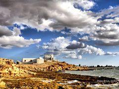 """Sidi Djimour - eine ehemalige Moschee an Djerba""""s Westkuste by <b>EA. Stoick</b> ( a Panoramio image )"""
