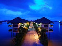 Golden palm tree Sea Villas & Spa ,Bagan Lalang Malaysia. by <b>chih-yang</b> ( a Panoramio image )