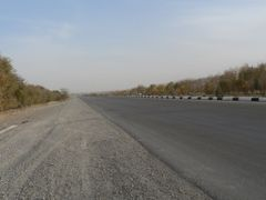 On the road Ashgabat - Turkmenbashi by <b>DXT 1</b> ( a Panoramio image )