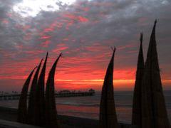 Caballitos de Totora Viendo Atardecer by <b>Bernardo Nieuwland</b> ( a Panoramio image )