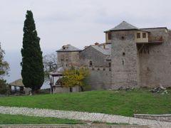 Lauras by <b>Nikos Papamarkos</b> ( a Panoramio image )