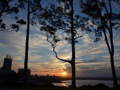 Sunrise overlooking Perth by <b>cindy555</b> ( a Panoramio image )