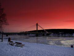 Puente sobre rio Kemi. by <b>Toni Canizares</b> ( a Panoramio image )