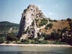 Devin castle by <b>MIREC7776</b> ( a Panoramio image )