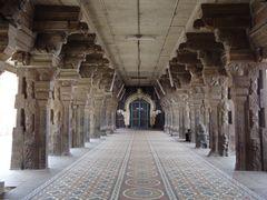 Sankaranarayanar Temple by <b>sganeshoo7</b> ( a Panoramio image )