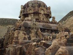 Kalugu Malai - Jain Cave by <b>sganeshoo7</b> ( a Panoramio image )