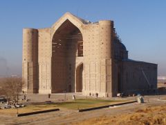 Ahmet Jasawi mausoleum by <b>Oleg O. Yevseyev</b> ( a Panoramio image )