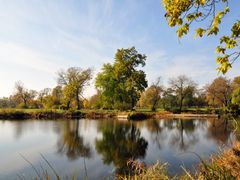Hyde Park - Washington Park - Autumn reflection by <b>Antoine Jasser</b> ( a Panoramio image )