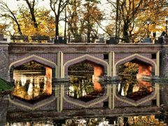 Browse in a mirror ... by <b>piotr.</b> ( a Panoramio image )