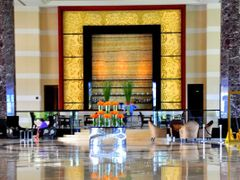 Radisson Blu Hotel Lobby, Cebu City, Philippines by <b>Silverhead</b> ( a Panoramio image )