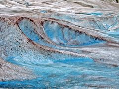 On the Mendenhall Glacier by <b>Fred Henstridge</b> ( a Panoramio image )