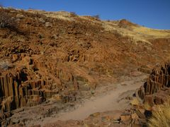 ORGAN PIPES near Twyfelfontein by <b>Cato75</b> ( a Panoramio image )