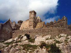The Rock of Cashel by <b>AlexMatos</b> ( a Panoramio image )