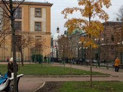 Осенние рябинки на Соляном переулке by <b>NickolayR</b> ( a Panoramio image )