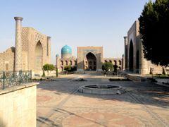 Registan Square (Samarkand, Uzbekistan) by <b>laurac5</b> ( a Panoramio image )
