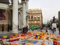 Dia de Muertos en Bellas Artes. by <b>Pecg17</b> ( a Panoramio image )
