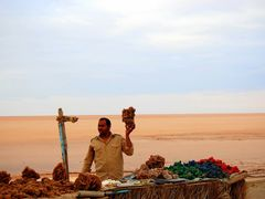 """Slone jezioro - handel """"rozami pustyni"""" by <b>Betty K.</b> ( a Panoramio image )"""