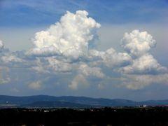Clouds - Oblaci by <b>Igor Djoric Djora</b> ( a Panoramio image )
