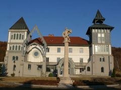 Bibliotheca - Augustineum by <b>Bozor Magdi</b> ( a Panoramio image )