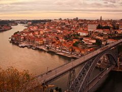 Porto - The view ! by <b>Mario Eloi Castro</b> ( a Panoramio image )