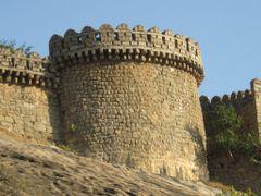 Strong Fort at Bhuvanagiri by <b>srinivastunikoju ©</b> ( a Panoramio image )