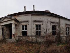 Lucenec, kastiel v Opatovej by <b>Ladislav Pazdera</b> ( a Panoramio image )